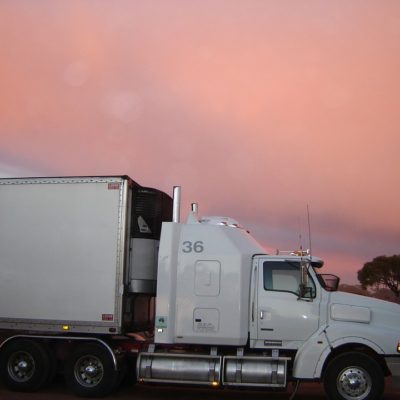 xi-logistics-truck-2